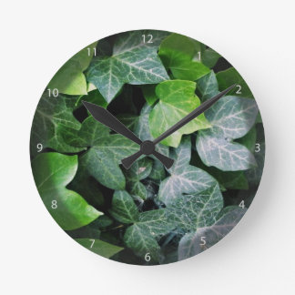 Ivy Leaves Round Clock
