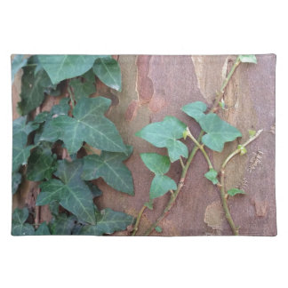 ivy on tree placemat