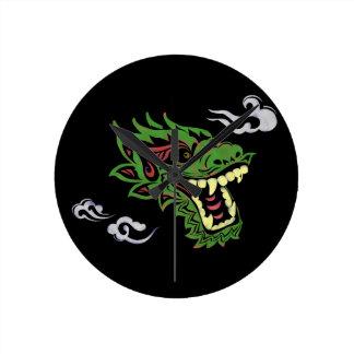 Japonias dragon round clock