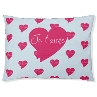 Je t'aime Pink Heart Outdoor Dog Bed