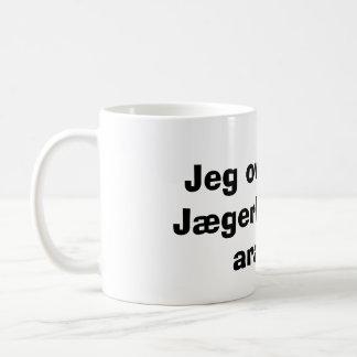 Jeg oversatte Jægerbogen til arabisk Classic White Coffee Mug