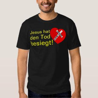 Jesus defeated death! - Jesus triumphs (heart) T Shirts