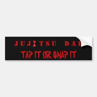 JUJITSU DAD   TAP IT OR SNAP IT BUMPER STICKER
