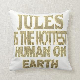 Jules Pillow