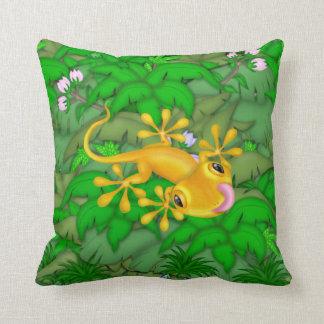 Jungle Tree Frog Made In America Mojo Pillow Cushion