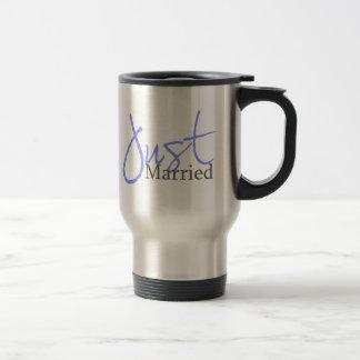 Just Married (Blue Script) Mugs