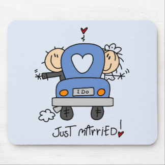 Just Married Bride and Groom T-shirts and Gifts Mouse Pad
