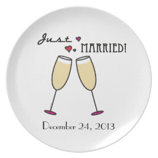 Just Married Champagne Toast Plates