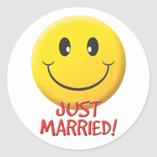 Just Married Classic Round Sticker