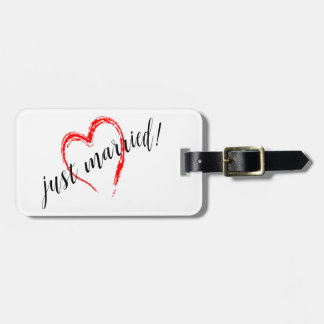 Just Married Heart Luggage Tag