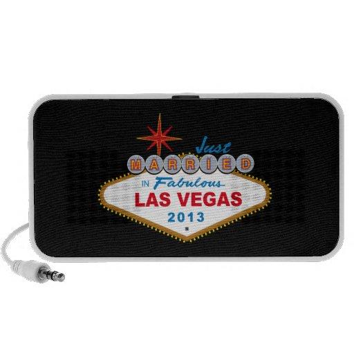 Just Married In Fabulous Las Vegas 2013 (Sign) Portable Speaker