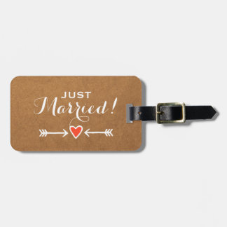 Just Married! - Pink Sweethearts & Arrows White Bag Tag