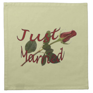 """Just Married"" Red Rose Napkins"