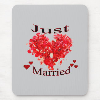 Just Married Red Rose Petal Heart Mousepad