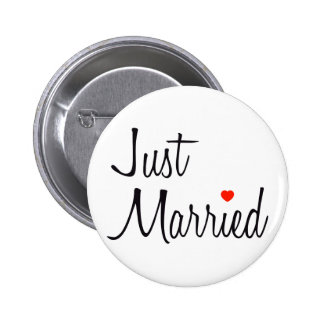 Just Married (Script With Red Heart) 6 Cm Round Badge