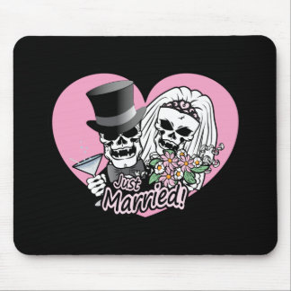 Just Married skulls Mouse Pad