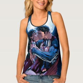 Justice League #12 Wonder Woman & Superman Kiss Singlet