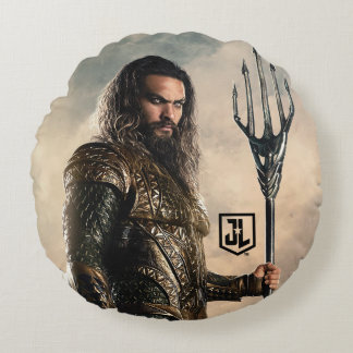 Justice League | Aquaman On Battlefield Round Cushion