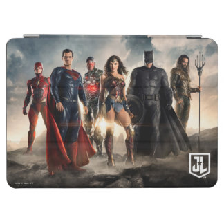 Justice League | Justice League On Battlefield iPad Air Cover