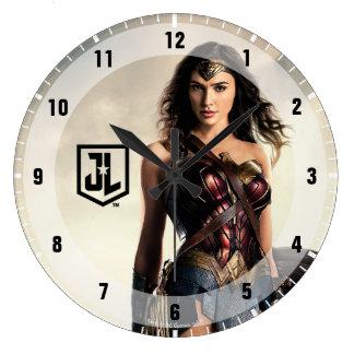 Justice League   Wonder Woman On Battlefield Large Clock