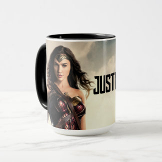 Justice League | Wonder Woman On Battlefield Mug