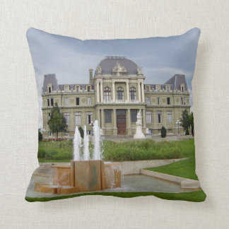 Justice Palace, Lausanne Cushion