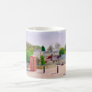 K6 phone box mug