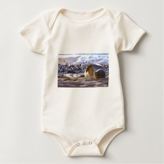 Kaimana Mug C310BECF-6742-4AB9-A670-07E3CFD639B5 Baby Bodysuit