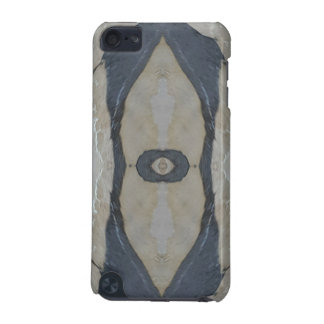 Kaleidoscope Design Light and Dark Gray Pattern iPod Touch (5th Generation) Case