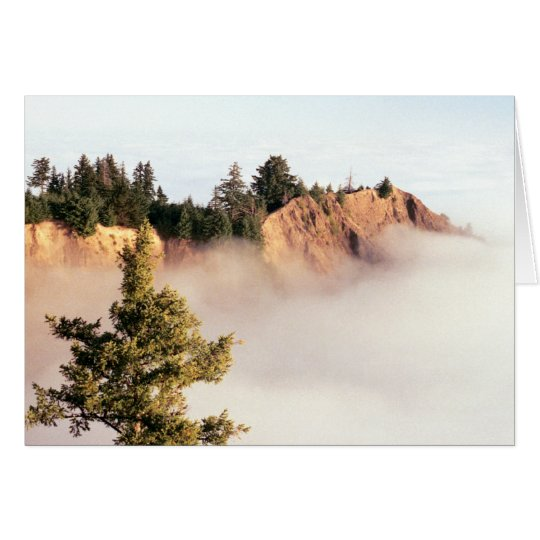 Kaluna Cliff In The Cloud Ocean Card