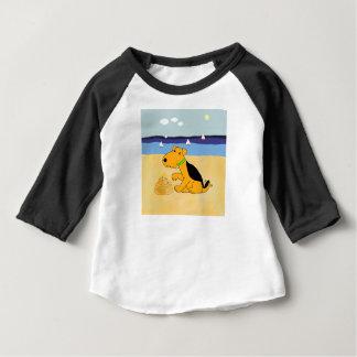 Kawaii Airedale Terrier Dog at the Beach Tshirt