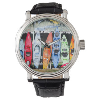Kayaks Watch