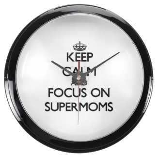 Keep Calm and focus on Supermoms Aquarium Clock