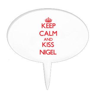 Keep Calm and Kiss Nigel Cake Pick