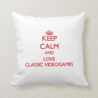 Keep calm and love Classic Videogames Throw Cushion