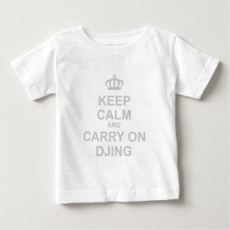 Keep Calm & Carry On DJing - DJ Disc Jockey Music Baby T-Shirt
