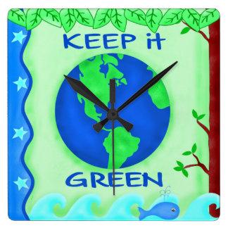 Keep it Green Earth Clock