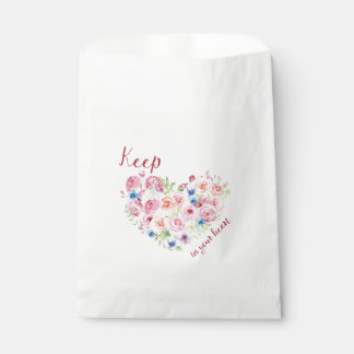 Keep love in your heart favour bag