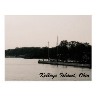 Kelleys Island Black & White Waterfront postcard