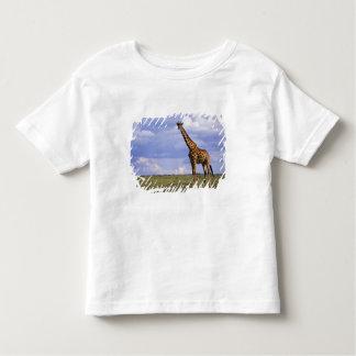 Kenya, Masai Mara Game Reserve. Kenyan Giraffe T Shirts
