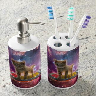 keyboard cat - tabby cat - kitty soap dispenser and toothbrush holder