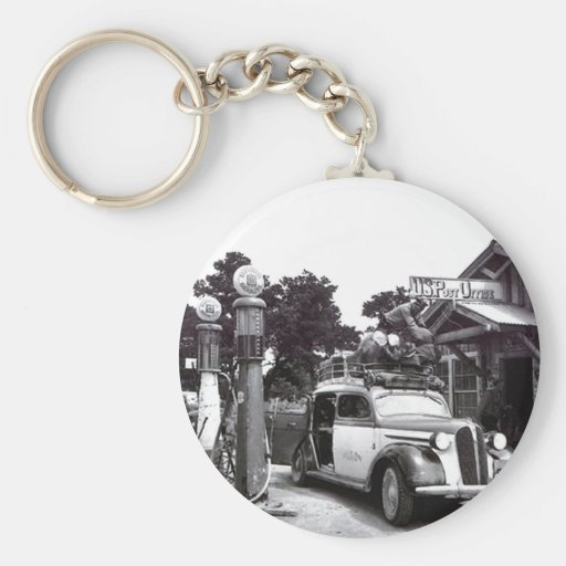 Keychains Vintage Road Trip Vacation Car @ Pumps