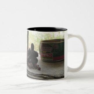 Kibeli Two-Tone Coffee Mug