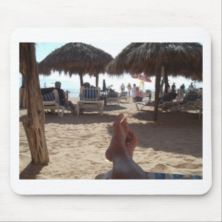 Kicking at the beach mouse pad