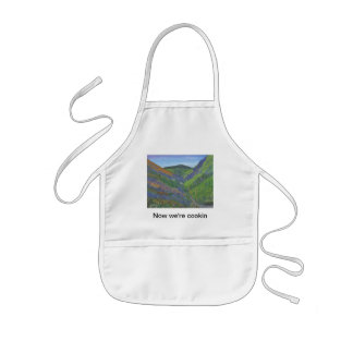 """Kid's Apron """"Now we're cookin"""" - Spring in Mnts"""