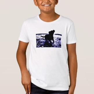 Kid's organic t-shirt black lab in water