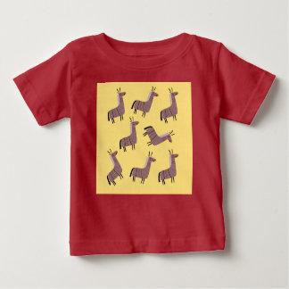 Kids t-shirt with lamas