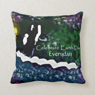 Killer whale Celebrate earth day everyday pillow