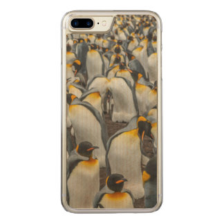 King penguin colony, Falklands Carved iPhone 8 Plus/7 Plus Case