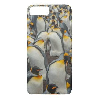 King penguin colony, Falklands iPhone 8 Plus/7 Plus Case